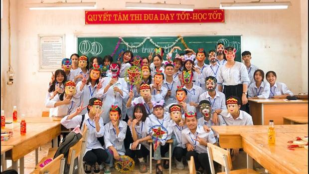 Trung thu của học sinh có gì: Trang trí lớp học lầy lội, sáng tạo lồng đèn chẳng giống ai, xem là không nhịn được cười - Ảnh 6.