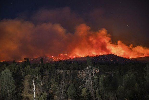 Cháy rừng tại California, 50.000 người phải sơ tán - Ảnh 4.