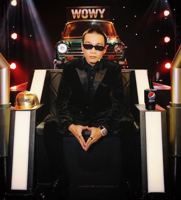 Cú lột xác ngoạn mục của dàn HLV sau Rap Việt: Hóa hết thành ông hoàng bà chúa MXH, Binz - Karik đắt show, Wowy và Suboi thành hiện tượng - Ảnh 28.