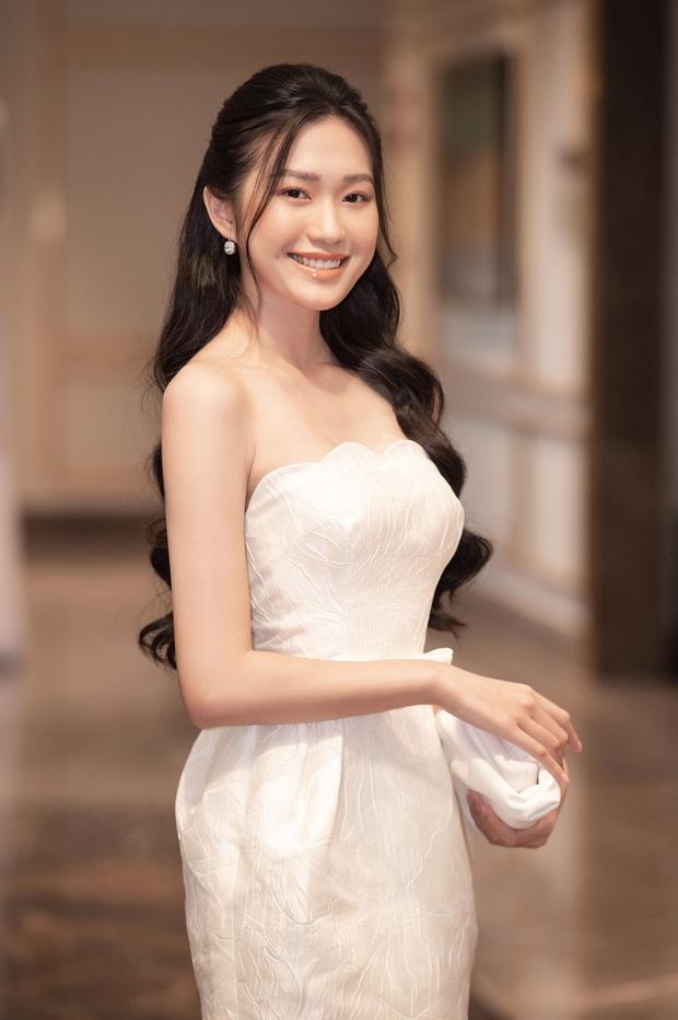 Công bố top 30 thí sinh miền Bắc bước vào bán kết Hoa hậu Việt Nam 2020, bản sao Châu Bùi và hotgirl IELTS bất ngờ bị loại? - Ảnh 4.