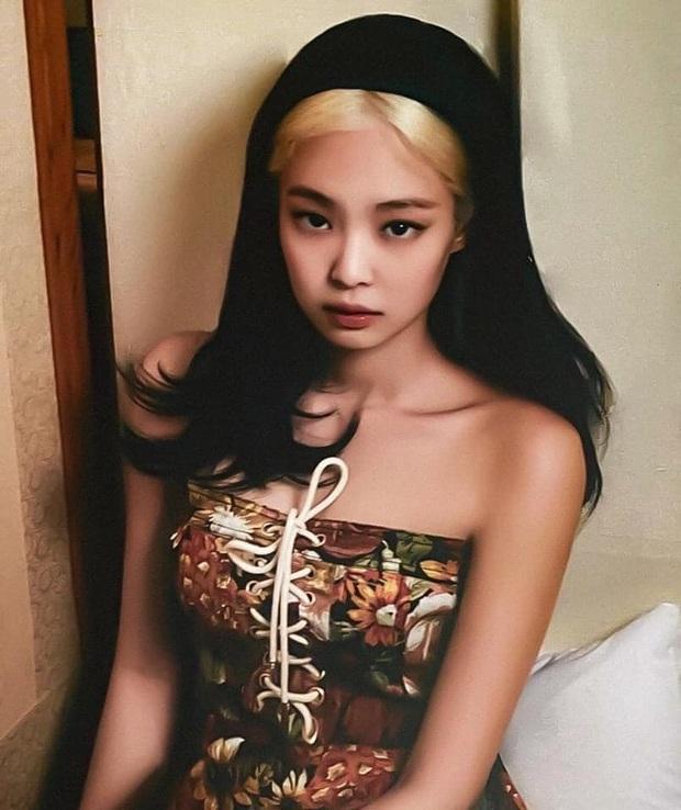 Tưởng bị tóc Dương Quá dìm, Jennie (BLACKPINK) phản đòn với bộ ảnh khiến người qua đường cũng phải... ngừng thở - Ảnh 8.