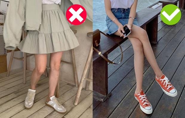 Có 4 cách chọn giày để bạn trông cao ráo, bắp chân to hóa thon gọn: Hay nhất là chiêu chọn tất chẳng ai ngờ đến  - Ảnh 1.