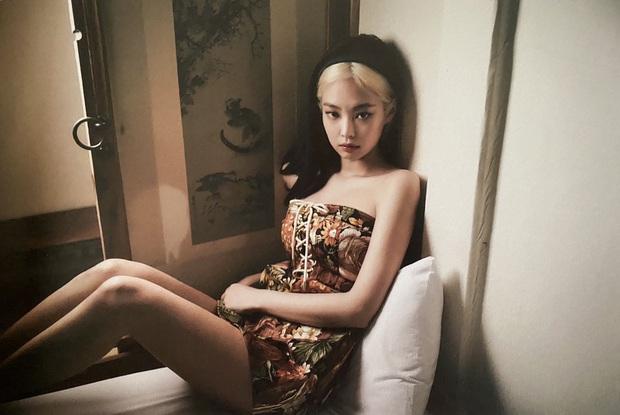 Tưởng bị tóc Dương Quá dìm, Jennie (BLACKPINK) phản đòn với bộ ảnh khiến người qua đường cũng phải... ngừng thở - Ảnh 5.