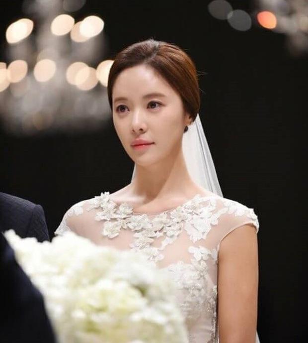 Mỹ nhân Hwang Jung Eum (She Was Pretty) đệ đơn ly hôn chồng đại gia ngành thép sau 4 năm chung sống - Ảnh 2.