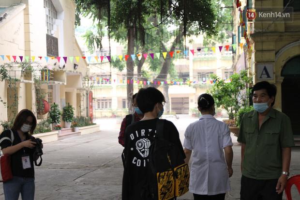 Thi tốt nghiệp THPT Quốc gia đợt 2: 26.000 sĩ tử bước vào môn Ngữ văn - Ảnh 17.