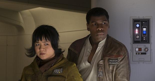 Diễn viên chính của Star Wars lên tiếng vì bị phân biệt chủng tộc và dọa đánh khi làm phim - Ảnh 4.