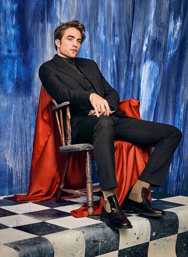 """Batman thế hệ mới Robert Pattinson: Nỗ lực phá bỏ """"lời nguyền ma cà rồng"""" để tỏa sáng - Ảnh 9."""