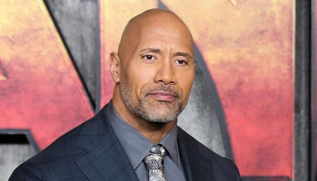 NÓNG: Tài tử The Rock Dwayne Johnson và cả gia đình xác nhận nhiễm COVID-19 - Ảnh 2.