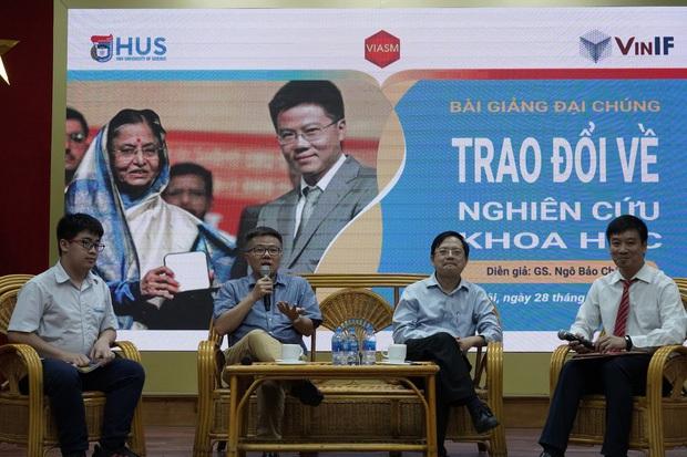 Bức ảnh hội tụ khối tài sản đình đám của làng Toán học Việt Nam: 3 Huy chương Vàng Olympic quốc tế, 1 giải Nobel Toán học - Ảnh 1.