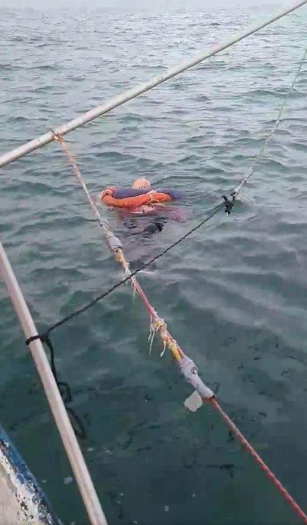 Người phụ nữ mất tích bí ẩn 2 năm bất ngờ được tìm thấy đang trôi lênh đênh trên biển và vẫn... sống - Ảnh 3.