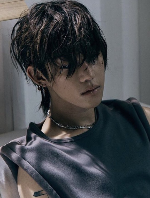 Tìm ra trai lạ diễn cảnh tình tứ với Lisa: Con trai Chủ tịch Naver, chính là người quen từng đàn hát với Rosé hôm nào? - Ảnh 2.