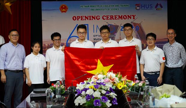 Bức ảnh hội tụ khối tài sản đình đám của làng Toán học Việt Nam: 3 Huy chương Vàng Olympic quốc tế, 1 giải Nobel Toán học - Ảnh 5.
