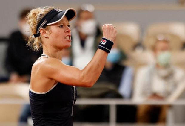 Nữ tay vợt người Đức bị chỉ trích thậm tệ vì tình huống siêu nhạy cảm trên sân - Ảnh 2.