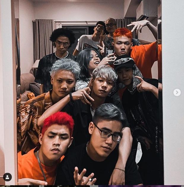 Dàn thí sinh Rap Việt đồng loạt đổi màu tóc cực chất, lộ luôn nhân tố đi tiếp của đội Binz? - Ảnh 3.