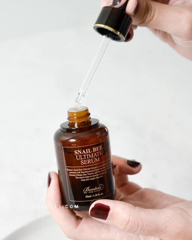 Loại serum vừa cấp ẩm tốt lại còn xử đẹp lão hóa: Bôi lên hơi dính nhẹ nhưng sáng ngủ dậy da như được hồi xuân  - Ảnh 7.