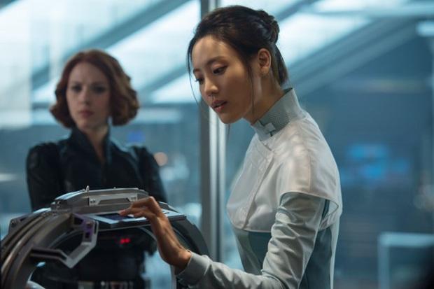 Bức ảnh lú nhất hôm nay: Knet tranh cãi đây là Yoona (SNSD) hay Yeri (Red Velvet), cuối cùng lại hoá... mỹ nhân Avengers? - Ảnh 6.
