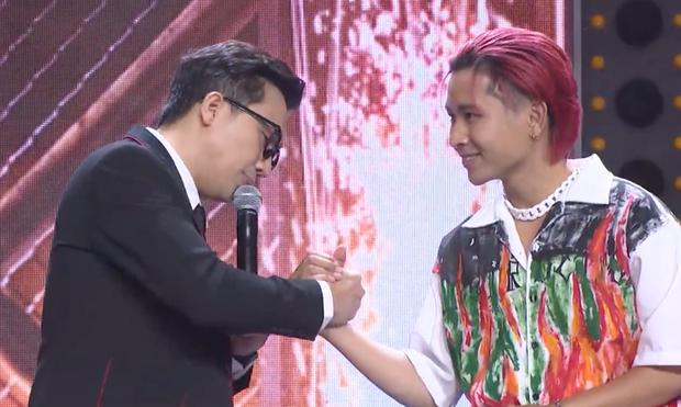 Lộ quá nhiều manh mối, cặp đấu R.Tee - Ricky Star chính thức được xác nhận, Trấn Thành gọi tiết mục là lịch sử của Rap Việt! - Ảnh 6.