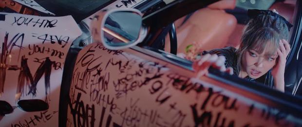 3 mẩu BLACKPINK đau khổ vì tình riêng Lisa e ấp bên trai lạ trong teaser MV mới, hé lộ 1 câu hát mà đã thấy hay rụng rời - Ảnh 5.