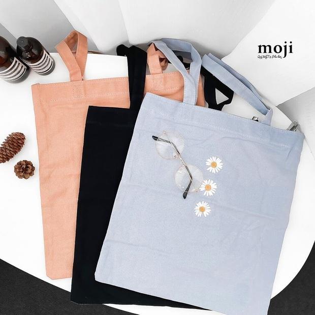 Chán diện balo đi học thì bạn hãy đổi sang túi tote vải: Giá rẻ, nhẹ tênh, diện lên là có style chuẩn Hàn Xẻng - Ảnh 15.