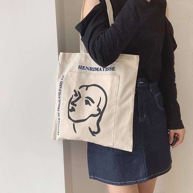 Chán diện balo đi học thì bạn hãy đổi sang túi tote vải: Giá rẻ, nhẹ tênh, diện lên là có style chuẩn Hàn Xẻng - Ảnh 3.