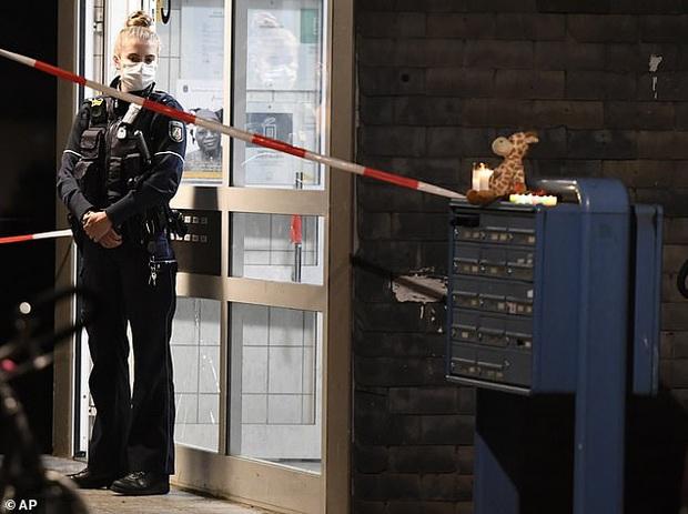 Án mạng rúng động nước Đức: Mẹ đầu độc 5 đứa con và định mang đứa cuối cùng đi tự sát, bà ngoại cố gắng nhưng không ngăn được bi kịch - Ảnh 2.