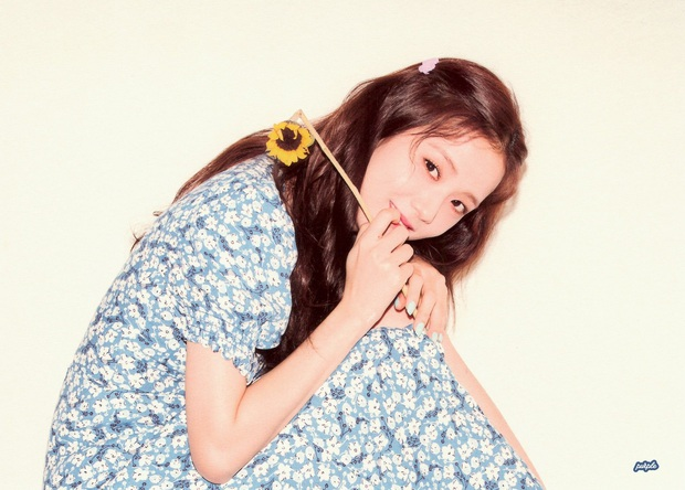 Jisoo xinh thế mà vẫn lép vế trước người tình của cha nuôi Lưu Diệc Phi khi diện cùng một mẫu váy - Ảnh 7.