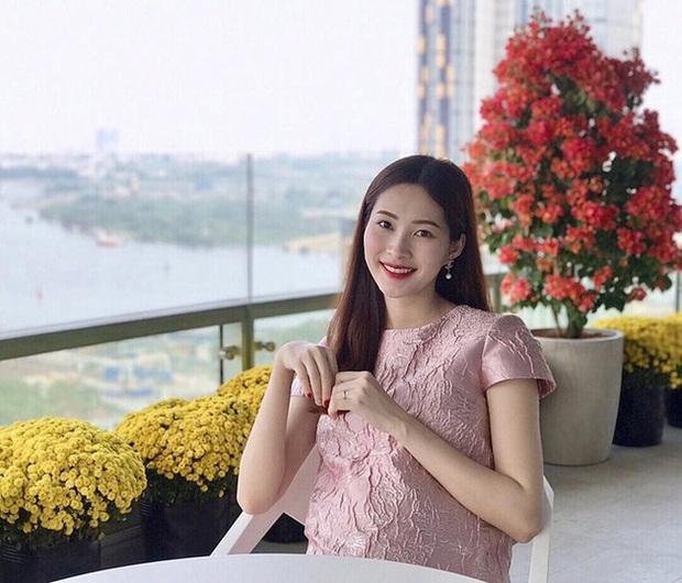 Tụ họp với hội bạn thân Shark Khoa, Đặng Thu Thảo chiếm spotlight với nhan sắc ngày càng thăng hạng sau 3 tháng sinh con - Ảnh 4.