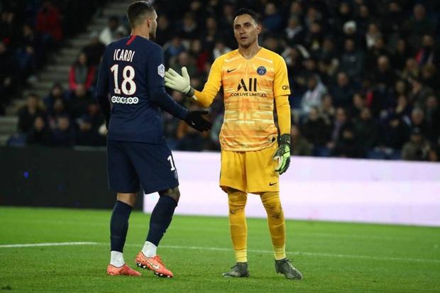 Thêm 3 đồng đội thân thiết của Neymar mắc Covid-19 - Ảnh 1.