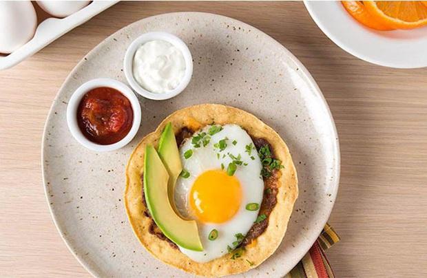 2 thực phẩm quen thuộc trong bữa sáng của người Việt nhưng có những người không nên ăn vì có thể gây hại cho dạ dày và khiến bệnh tình thêm trầm trọng - Ảnh 5.