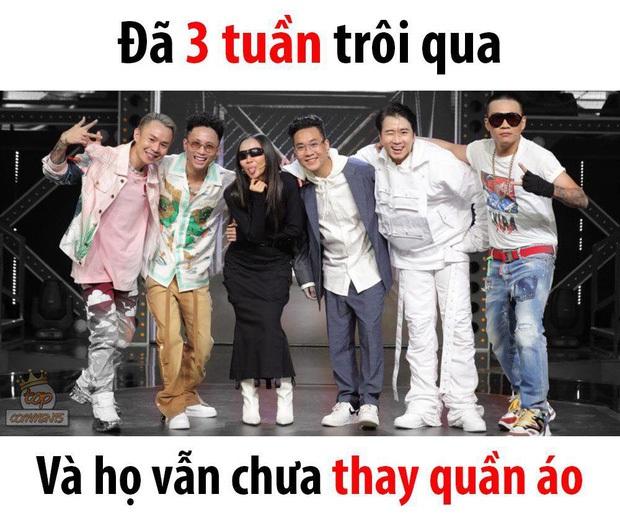 Ơn giời, cuối cùng dàn sao Rap Việt cũng đã thay đồ mới, lại còn 2-3 bộ! - Ảnh 1.