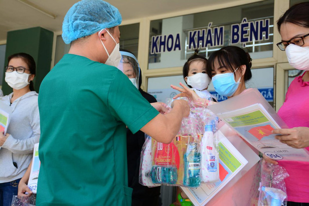 Đà Nẵng 1 tuần qua không có ca mắc mới, thêm 15 bệnh nhân Covid-19 khỏi bệnh - Ảnh 1.