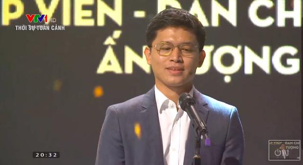 Việt Hoàng - BTV mặn nhất VTV giành giải Dẫn chương trình ấn tượng của năm - Ảnh 1.