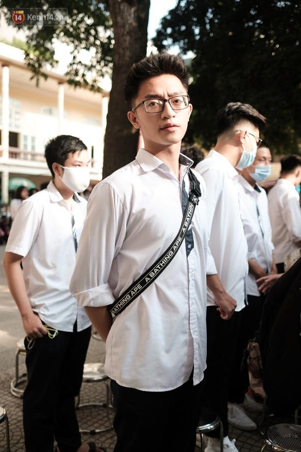 Lại có dịp để ngắm gái xinh trường Trần Phú, đeo khẩu trang vẫn ngời ngời khí chất - mở ra một chút là rụng tim luôn! - Ảnh 9.