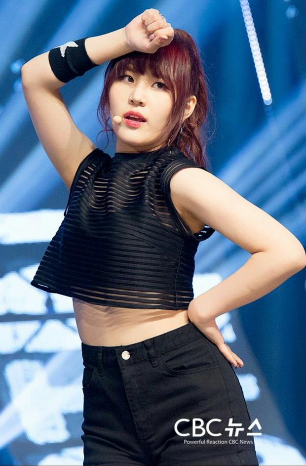 Lộ diện danh sách thành viên được dự đoán trở thành em gái BTS, hóa ra toàn những cái tên quen thuộc - Ảnh 8.