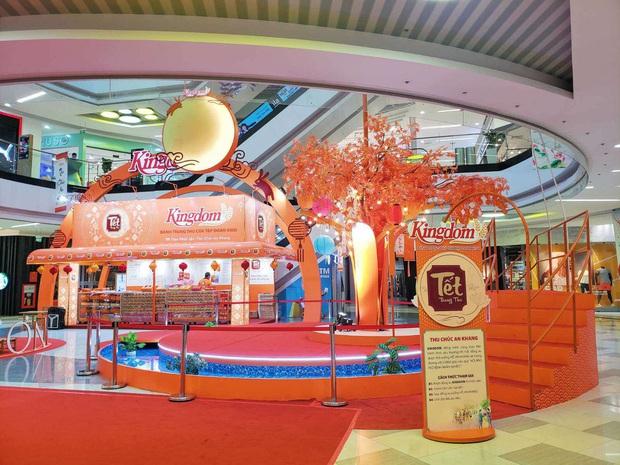 Vui Tết đoàn viên cùng Lễ hội bánh Trung thu tại Vạn Hạnh Mall - Ảnh 1.