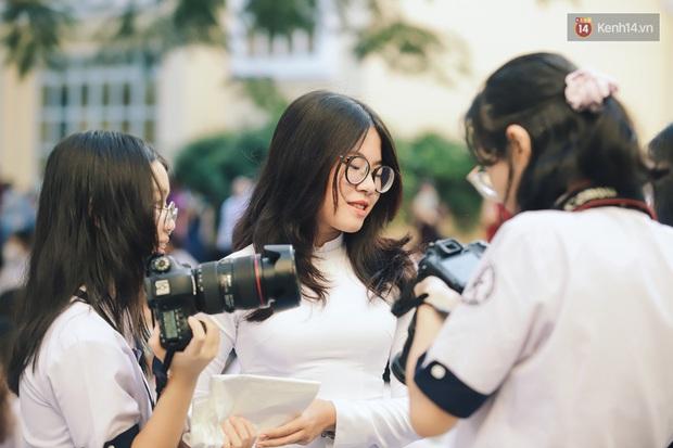 Loạt visual gây thương nhớ trong ngày khai giảng của trường THPT chuyên Trần Đại Nghĩa - Ảnh 8.