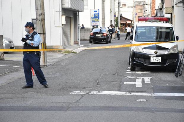 Mải đi bar với bạn, mẹ bỏ quên 2 con gái nhỏ trong xe hơi đến chết, cảnh sát chỉ ra chi tiết khó hiểu về hành vi của người mẹ - Ảnh 1.