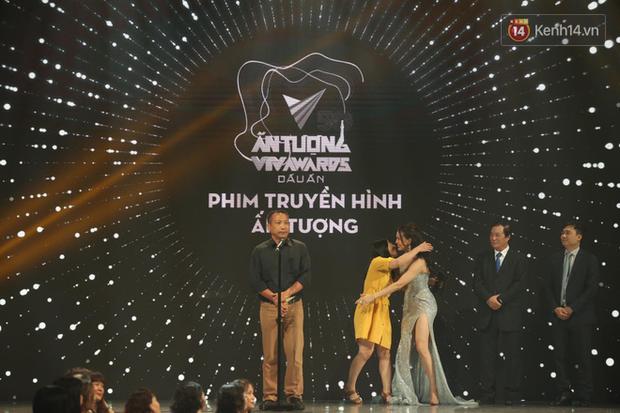 VTV Awards 2020: Hoa Hồng Trên Ngực Trái thắng lớn, Xuân Nghị bất ngờ được vinh danh - Ảnh 3.