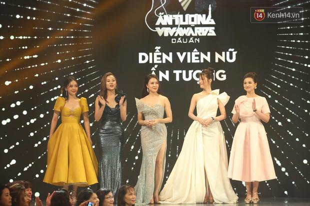 VTV Awards 2020: Hoa Hồng Trên Ngực Trái thắng lớn, Xuân Nghị bất ngờ được vinh danh - Ảnh 6.