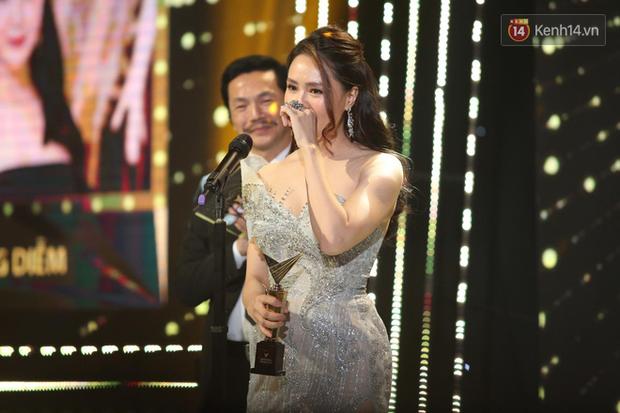 VTV Awards 2020: Hoa Hồng Trên Ngực Trái thắng lớn, Xuân Nghị bất ngờ được vinh danh - Ảnh 7.