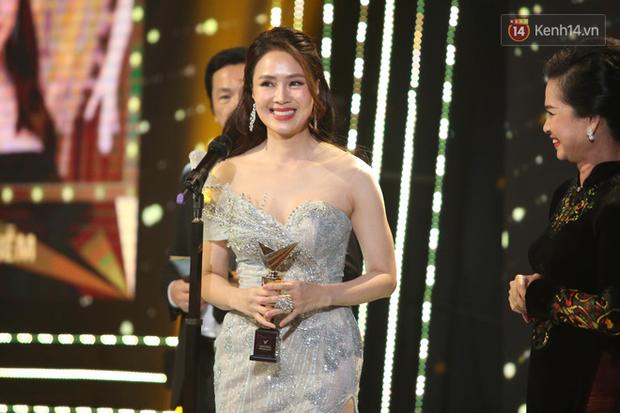 VTV Awards 2020: Hoa Hồng Trên Ngực Trái thắng lớn, Xuân Nghị bất ngờ được vinh danh - Ảnh 8.