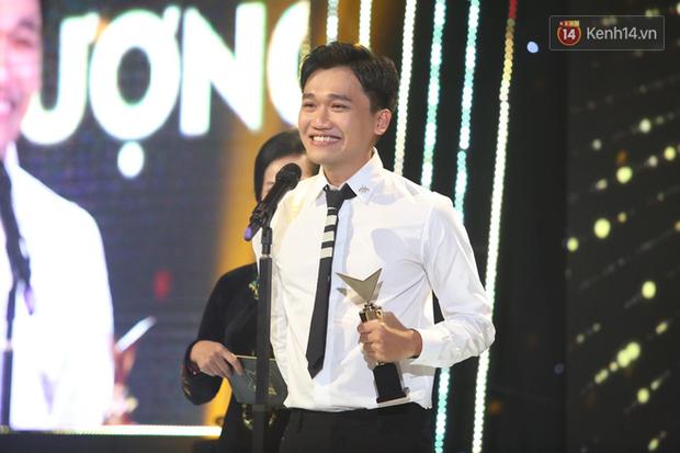 VTV Awards 2020: Hoa Hồng Trên Ngực Trái thắng lớn, Xuân Nghị bất ngờ được vinh danh - Ảnh 9.