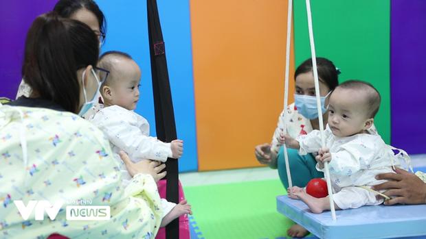 Chị em Song Nhi rủ nhau đua xe, bắt đầu những bài học đầu tiên - Ảnh 10.