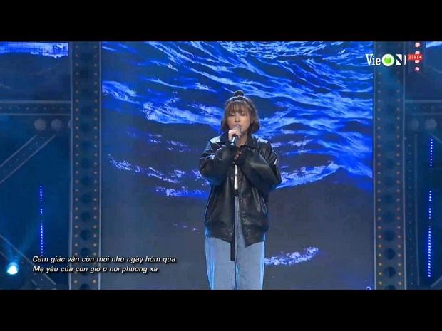 Viết rap về người mẹ bị ung thư trên nền nhạc Phan Mạnh Quỳnh, thí sinh Rap Việt khiến Trấn Thành bật khóc - Ảnh 4.