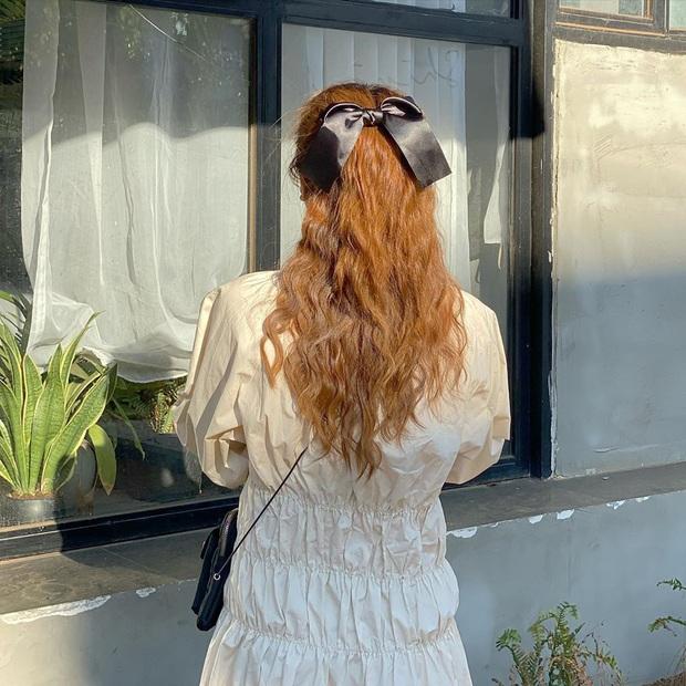 Lan Ngọc thành fan cứng của BLACKPINK rồi: Hết diện kính Jennie lại làm tóc giống Jisoo như chị em - Ảnh 10.
