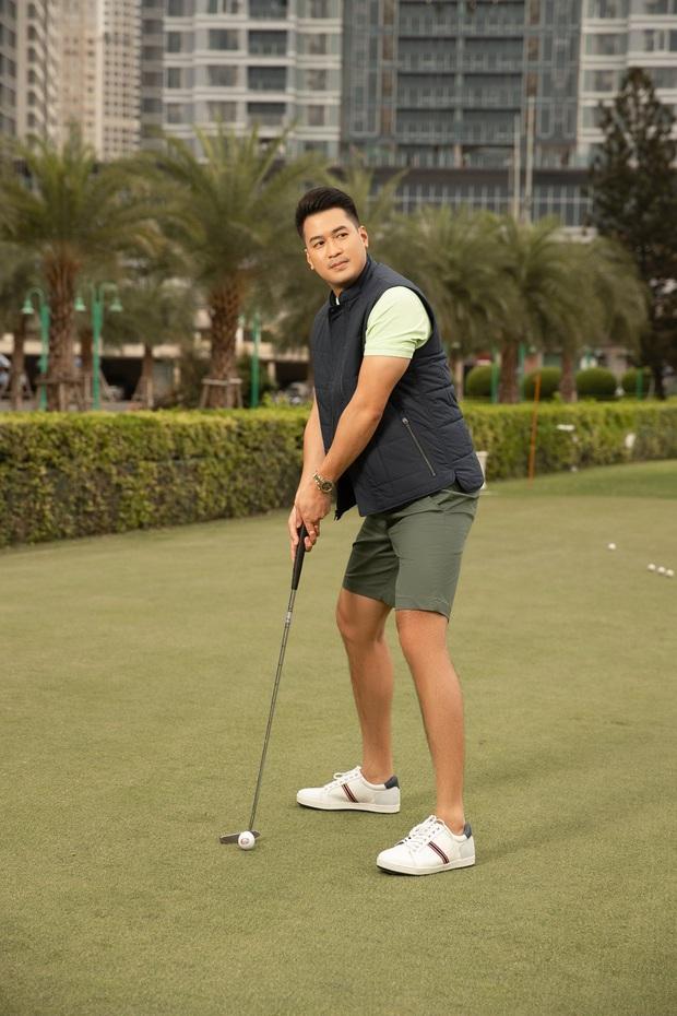Từ Phillip Nguyễn đến Matt Liu, chàng đại gia nào cũng check-in mòn giày trên sân golf cả rồi - Ảnh 11.
