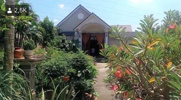Lê Dương Bảo Lâm hé lộ cơ ngơi của bố mẹ ở quê nhà Đồng Nai: Sân vườn rộng thênh thang, nhìn qua đã thấy không vừa - Ảnh 3.