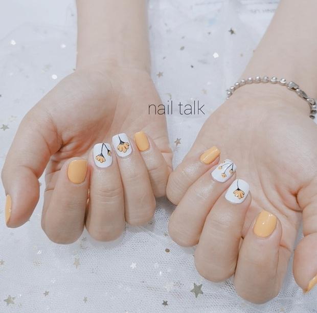 11 mẫu nail cute hết nấc, diện lên xinh tay hẳn  - Ảnh 19.