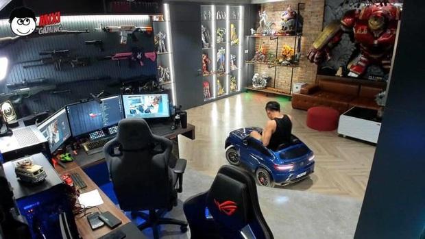 Độ Mixi được donate Đồ Long Đao trấn yểm trẻ trâu, cậu con trai Tùng Sói mới 3 tuổi đã sở hữu siêu xe cực xịn - Ảnh 6.