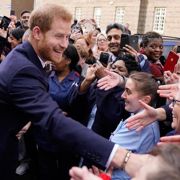 10 quy tắc siêu nghiêm ngặt mà trẻ em Hoàng gia Anh phải tuân thủ, đảm bảo ai nghe cũng muốn vò đầu bứt tai - Ảnh 3.